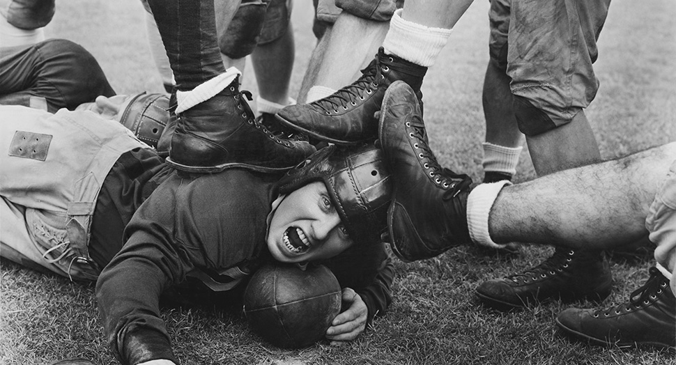 vintage-football-player