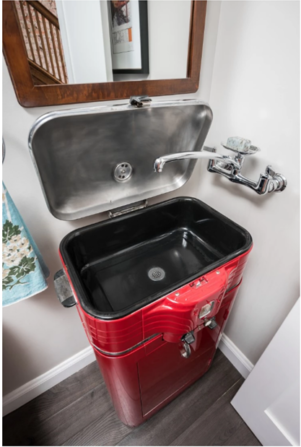 Red Roaster Sink